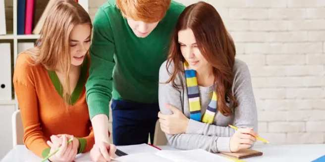 ipecom prépa élèves en étude
