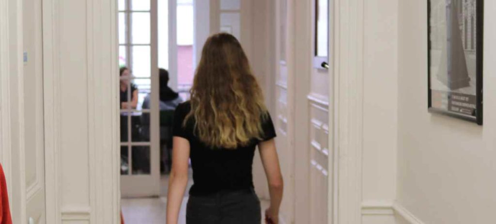 stages pour lycéens ipécom paris, intérieur de l'école
